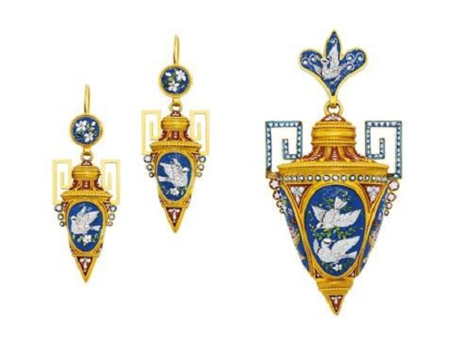 1870 Paryura (jewelry set) in antique style