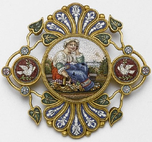 1870, the brooch