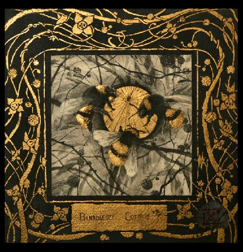 Bumblebee cottage. Gold leaf paintings by Yoann Lossel