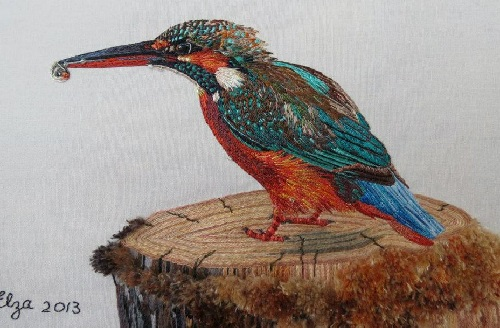 Common Kingfisher. Realistic embroidery by Elza