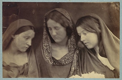 Daughters of Jerusalem. photographer Julia Margaret Cameron. 1865