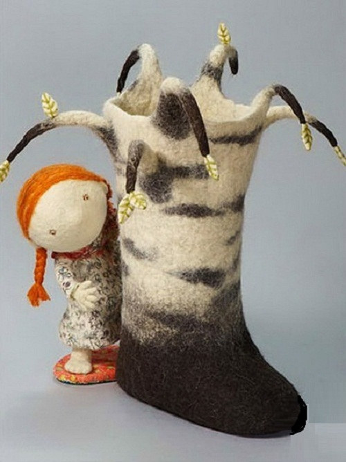Felted sculpture by Russian artist of applied art Irina Andreeva