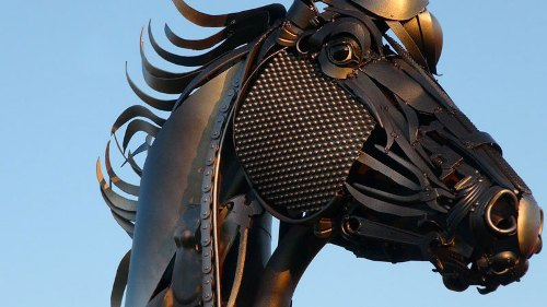 Horse. Scrap metal sculptures by John Lopez
