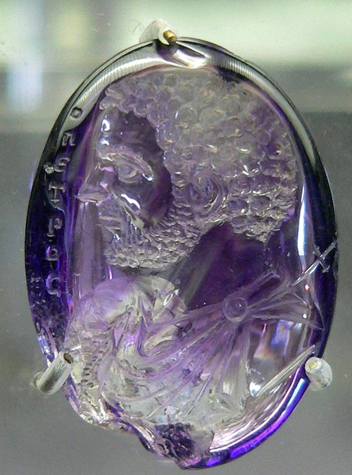 Antique gem carving art