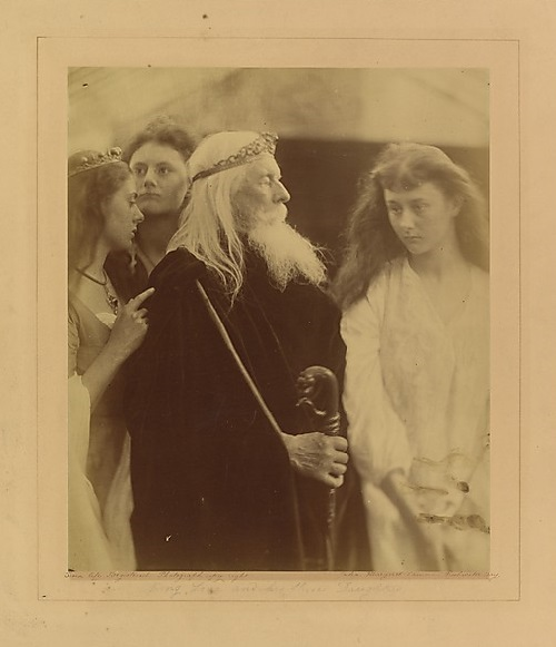 King Lear Three Daughters. photographer Julia Margaret Cameron. 1872