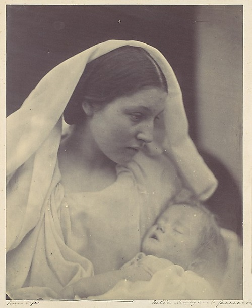 La Madonna Riposata. photographer Julia Margaret Cameron. 1865
