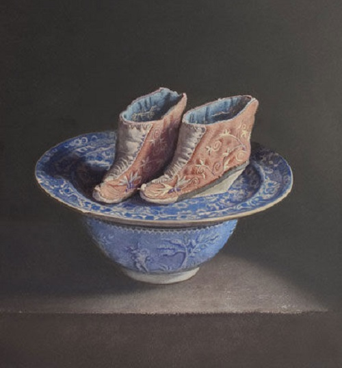 Lotus shoes on blue pottery. 2011. Oil on panel. Painting by Uzbek artist Erkin