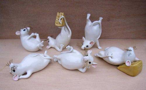 Porcelain animals by British ceramic artist Jennifer Robinson
