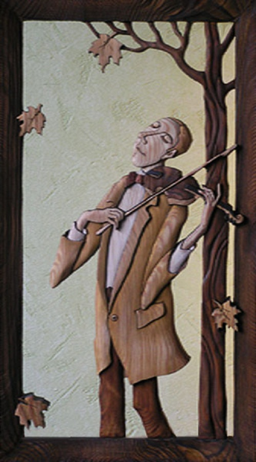 Violinist. Decorative wood art by Anatoly Obelets