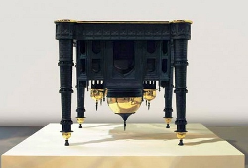 Belgian upside down Taj Mahal table