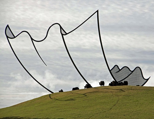 Floating sculpture by New Zealand artist Neil Dawson