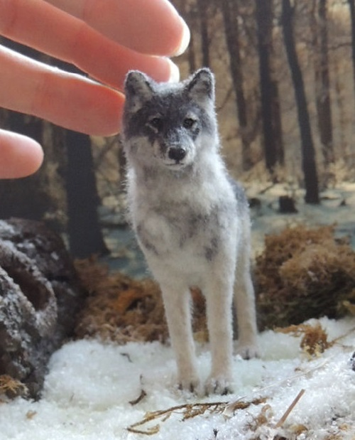 Miniature Wildlife sculpture by Anya Stone