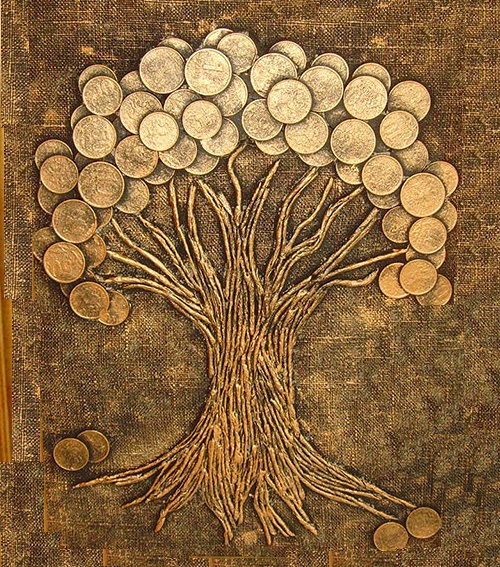 Money Tree. This work - a good gift and mascot, solve the problem of what to do with obsolete coins. Oksana Stol, Kemerovo