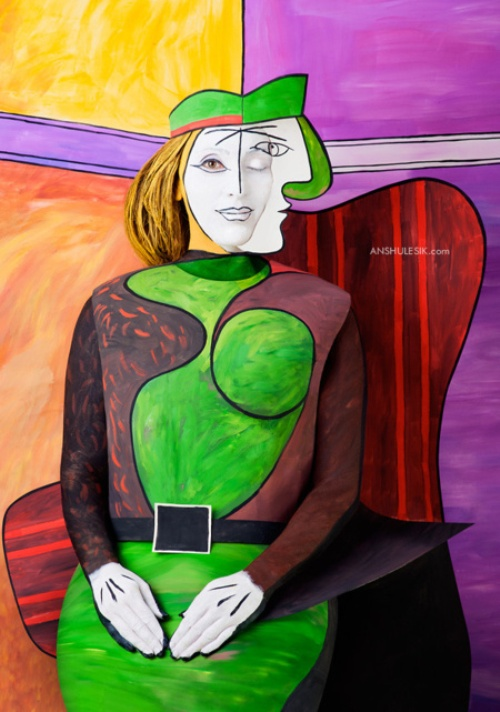Photo project 'Pablo Picasso' inspired by cubist paintings. Moldovan photographers Irina Lesik and Andrei Shushvalyuk