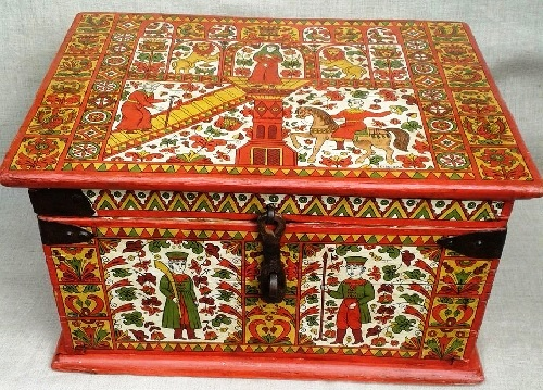 Chest vintage 19c, forged iron. hand painted in Severodvinsk style.