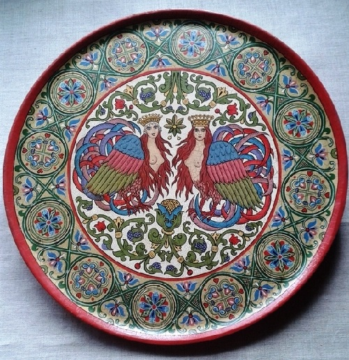 Decorative plate of wood. Hand-painted in the style of Russian Art Nouveau. Artificially aged with the effect of craquelure (cracks)