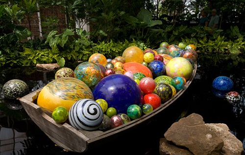Glass installation by American artist Dale Chihuly