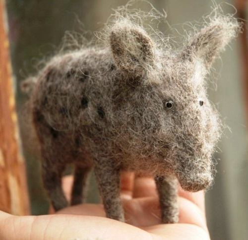 felted animals by Russian craftsman Victor Dubrovsky