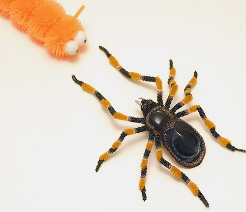Spider. beaded sculptures by Zhanna Vasilyeva