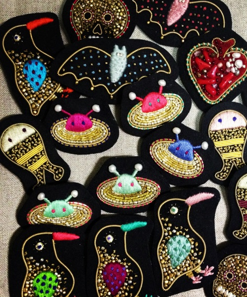 Art brooches by Azumi Sakata
