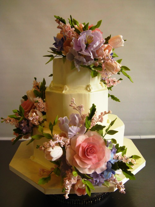 Cake by cook designer Sylvia Weinstock