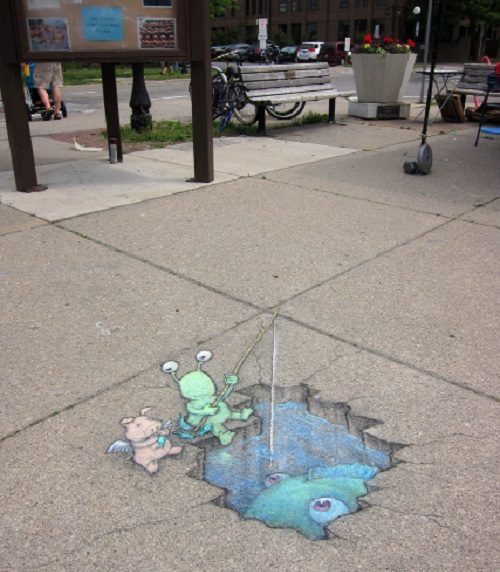 Cave piscem farview hires. Funny street art by American self-taught artist David Zinn