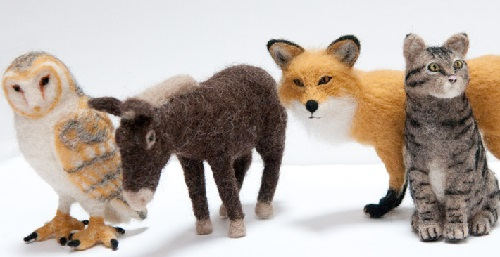 Miniature realistic felted sculpture by Kiyoshi Mino