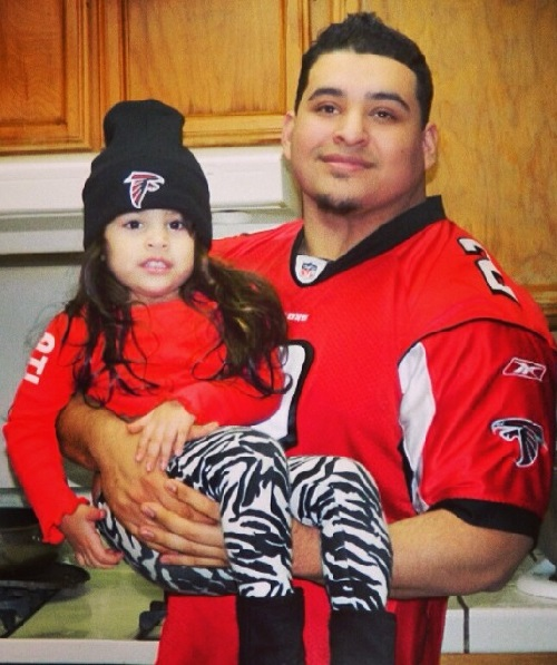 Ruben 'WestSide' Ramos with his 4-year-old daughter Alyssa