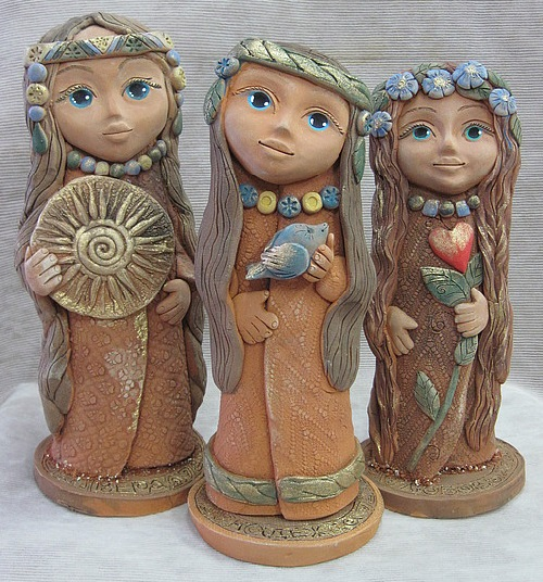 Vera, Nadezhda, Lyubov (Faith, hope, love)