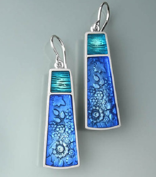 Ivy Woodrose jewelry art. Sterling silver and precious metal clay pendant
