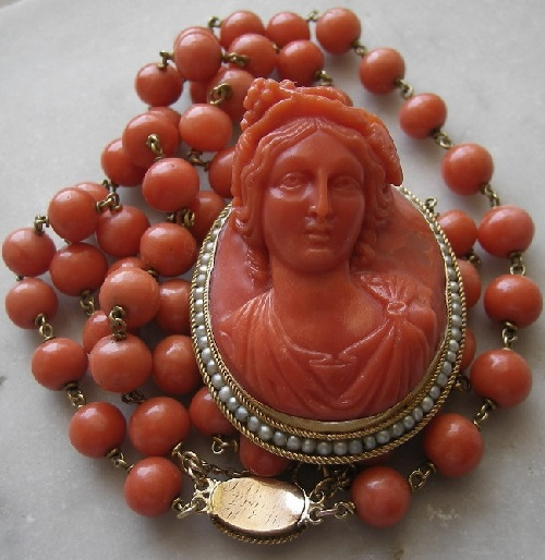 Coral jewelry art. Necklace Bacchante. 1860