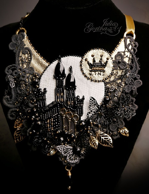 "Handmade Necklace ""Black Castle"""