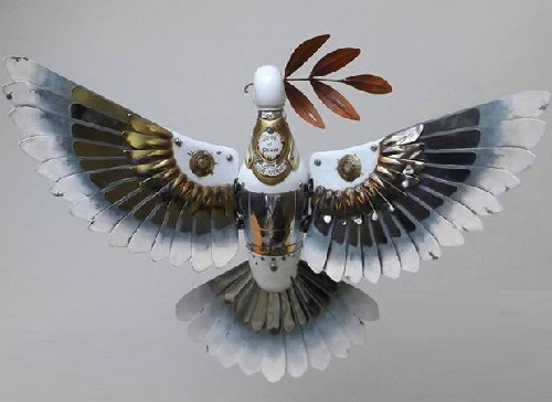 Steampunk sculptor Igor Verniy returns fairly forgotten dove of peace in a new guise