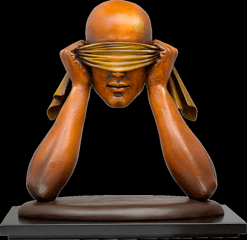 Surreal sculpture by Sergio Bustamante