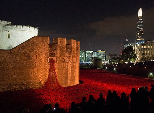 2014 in art. 888246 scarlet ceramic poppies filled the ditch at the Tower of London