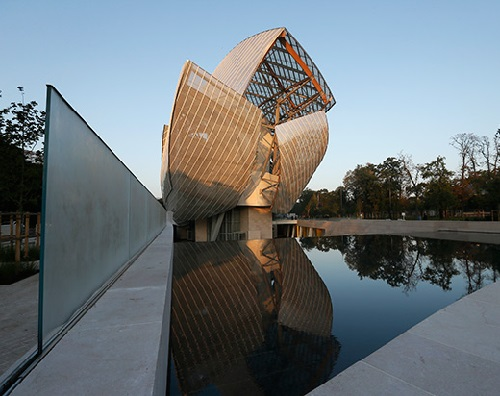 2014 in art. Foundation Louis Vuitton in Paris' Bois de Boulogne by architect Frank Gehry