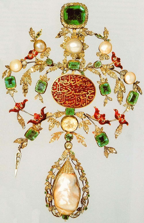 Jewelry, 18th century. Emeralds, diamonds, pearls; red enamel. Topkapi Palace Museum, Istanbul, Turkey