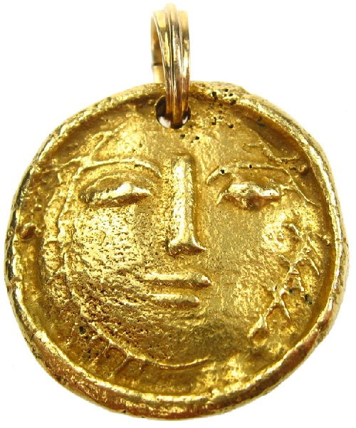 Pendant of gold by Artist jeweler Pablo Picasso
