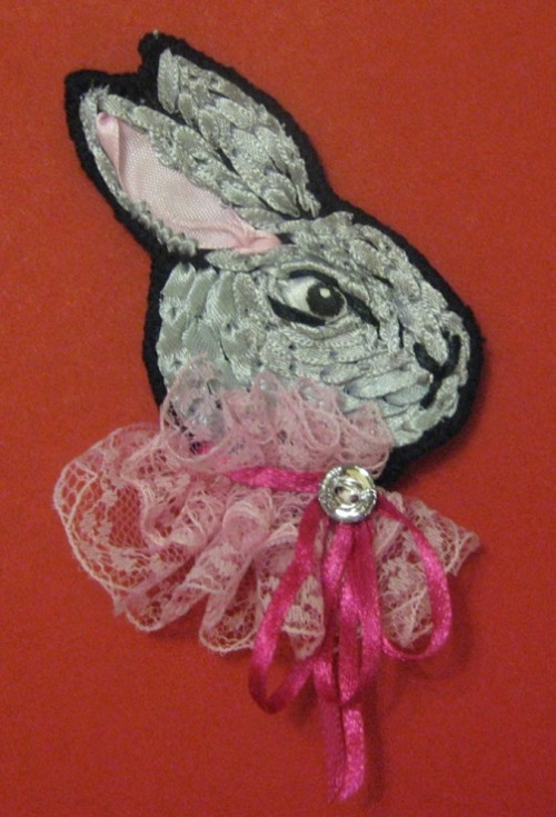 atin ribbon embroidery by Olesya Kruchinskaya