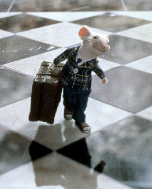 Art historian found missing painting in film Stuart Little, 1999