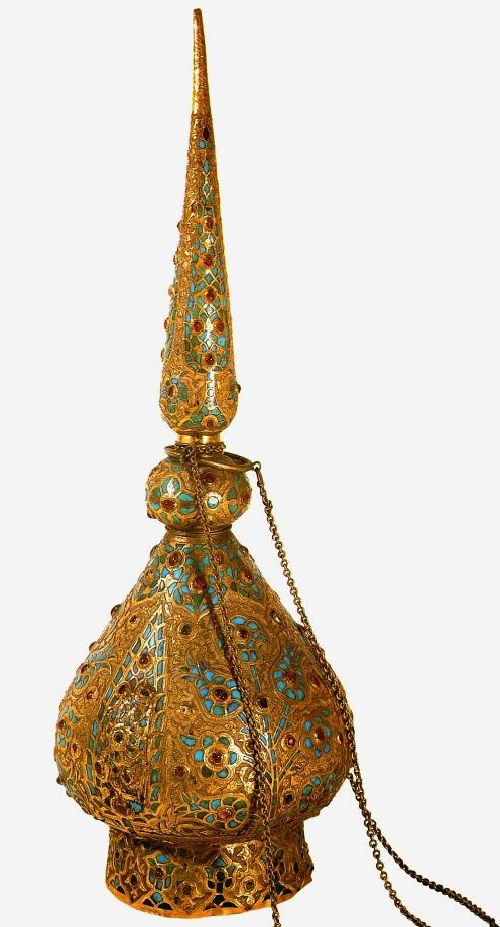 Vessel for incense. The second half of the 16th century. Gold, turquoise, precious stones; engraving, inlay. Topkapi Palace Museum, Istanbul, Turkey