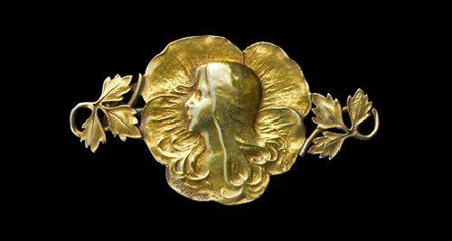 Brooch, gold
