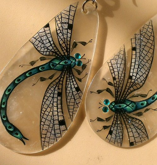 Dragonflies. Earrings made of thin nacre hand painted
