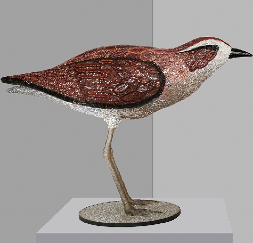 Bird. Mosaic Sculpture made of glass paste, gold mosaic, opalescent glass, murrine, iron, cement adhesive on resin structure