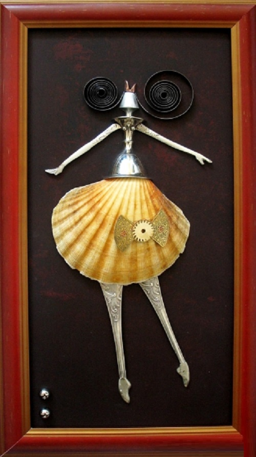 Dancer. Steampunk sculpture by Lithuanian artist Arturas Tamasauskas