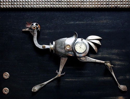 Ostrich Runner. Steampunk sculpture by Lithuanian steampunk artist Arturas Tamasauskas