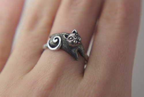 Silver ring cat. Silver art by Anna Kiryanova and Ivan Chernykh