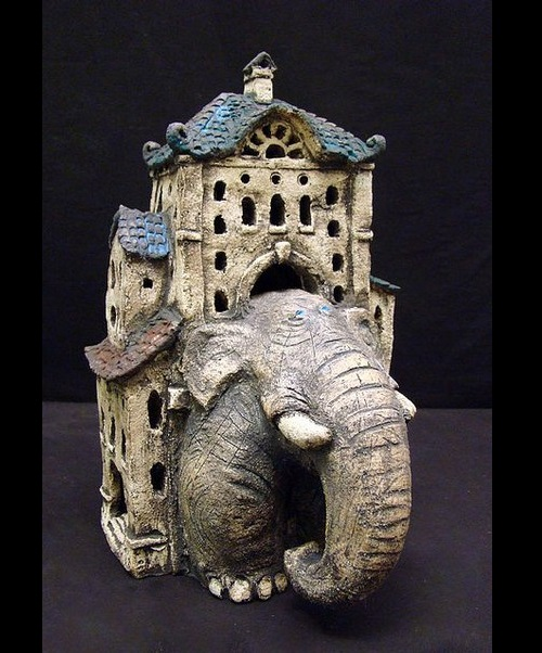 Surrealistic ceramic. Art by Roman Khalilov