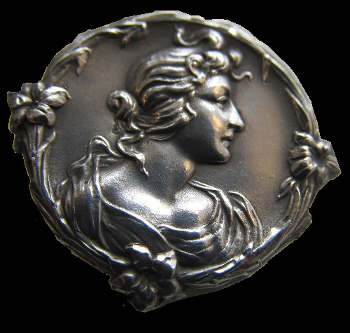 Edwardian 1902 silver button. Birmingham Art Nouveau