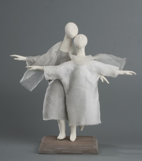 Statuette 'The two'. A scarf for two. One flight for two. One life for two. Ceramic sculpture by Natalia Dobrzhanskaya